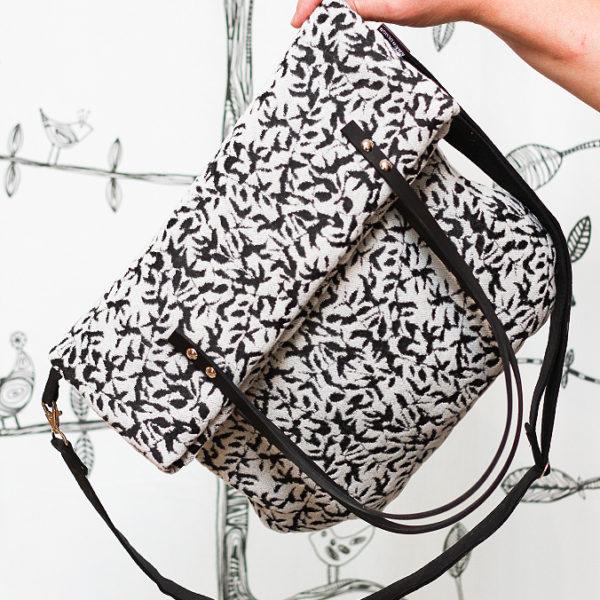 květovaná eegantní taška kabelka